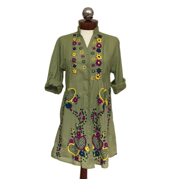 3c500b54fe8 Raj Tops   India Embroidered Tunic Top L   Poshmark
